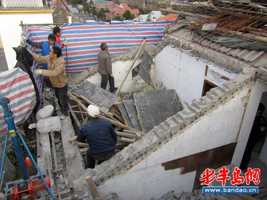 斜顶房屋钢筋结构图