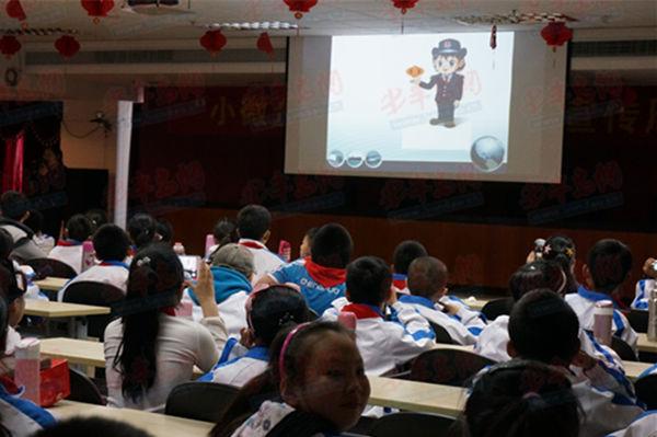 税收知识从小抓起 160名小学生走进青岛国税|