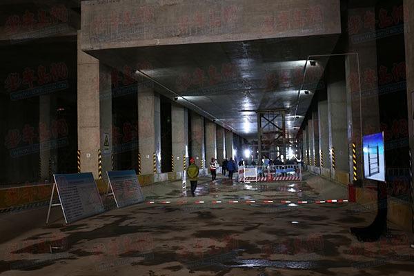 科技创新助力地铁施工 青岛地铁1号线工程进展顺利