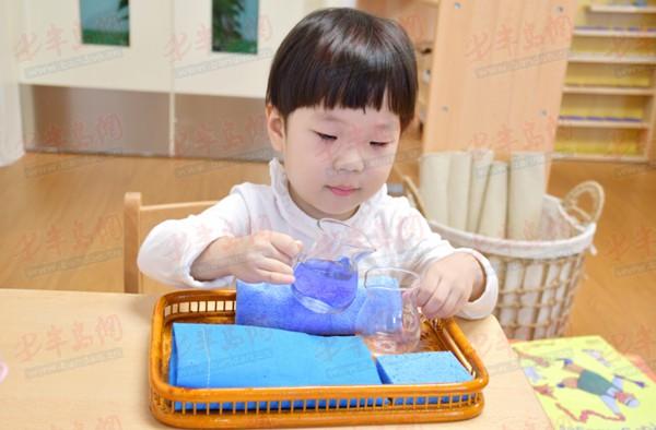 幼儿园小班语言区投放自制教具有哪些