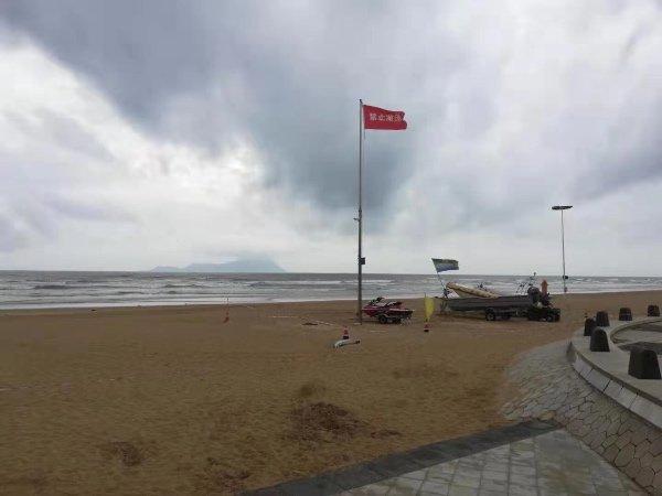 受台风影响 青岛市九大海水浴场全部关闭